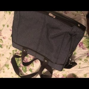 Thirty One Large Multi pocket Carry On tote